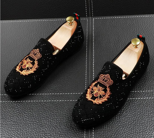 NEUE 2019 Männer Lederschuhe Italienische Handwerk Strass Männer Kleid Schuhe funkeln Echtes Leder Brogues Oxfords hochzeit schuhe für männer
