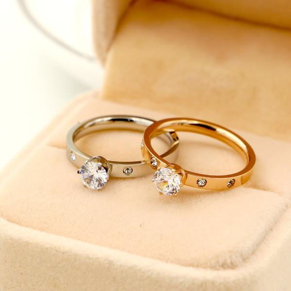 Großhandel 1 diamant 6 klaue große diamant 4 kleine diamant rose gold ring titanium stahl überzogen 18k rose gold ring frauen lieben geschenk