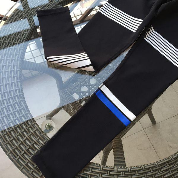 Siyah + Mavi ve Beyaz ofset baskı