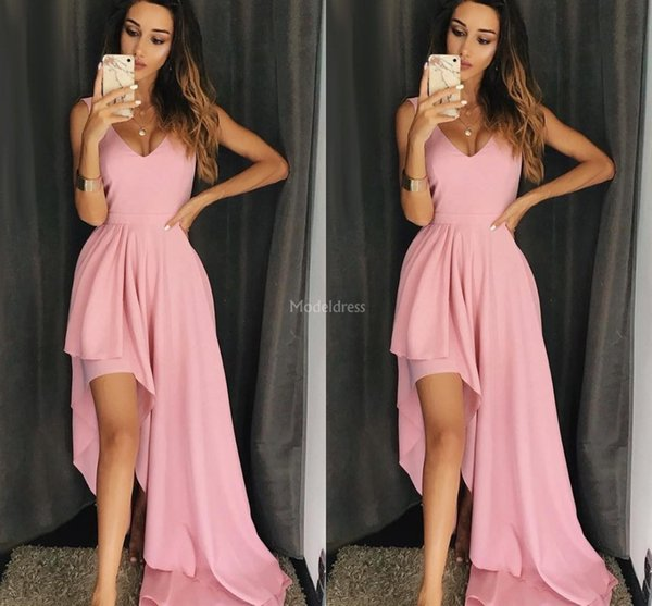 2019 Pink Homecoming Abiti scollo a V High Side Split Sweep Train Design unico abito da sera partito Moderna occasione speciale abito abito da cocktail