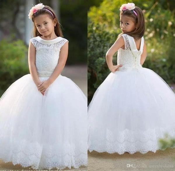 2018 Küçük Çiçek Kız Elbise Düğün İçin Jewel Boyun Kapaklı Kollu Lace Up Geri Communion elbise