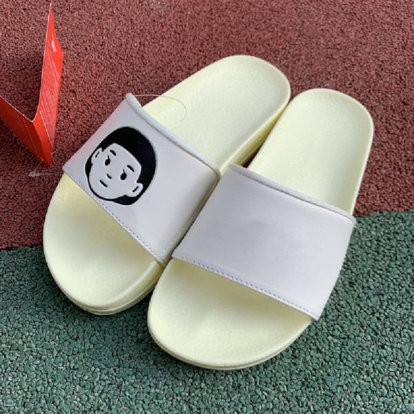 Summer Flip Flops Women Flat Slippers Men Outdoor Scuffs Designer Minimalist Slip-On Sandals White Leather Couple Flat Flip Flops Designer S