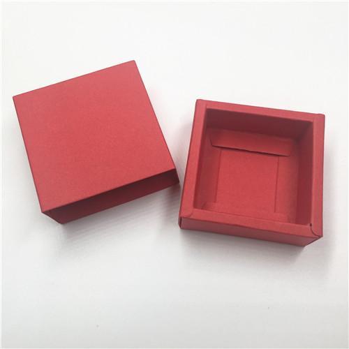 Colore: Rosso