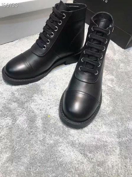 Star Trail Botines de cuero Moda de lujo para mujer Botines de diseño Clásico Chunky Heel Martin Boots Mujeres Desert Boots Zapatos 0820