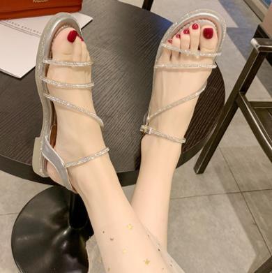 35-40Sandals женский 2019 новая летняя корейская версия фея ветер носок сандалии дикий плоский низ горный хрусталь слово пряжка с женской обувью