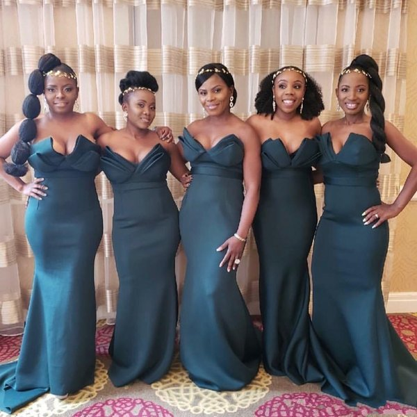 2020 Modest Hunter Green Sexy Strapless V Neck Mermaid Bridesmaid Dresses Nigerian African Floor Length Maid Of Honor Gowns Beach Weddings Modest
