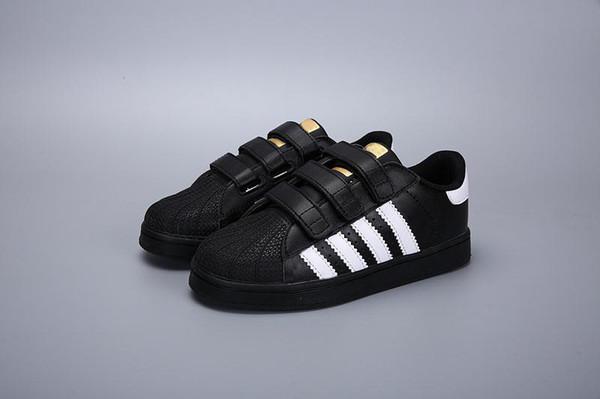 050635f7770 Adidas Superstar Sapatos de skate sapatos de crianças do bebê Superstar  Sapatilhas femininas crianças Zapatillas Deportivas Mujer Amantes Sapatos  Femininos ...