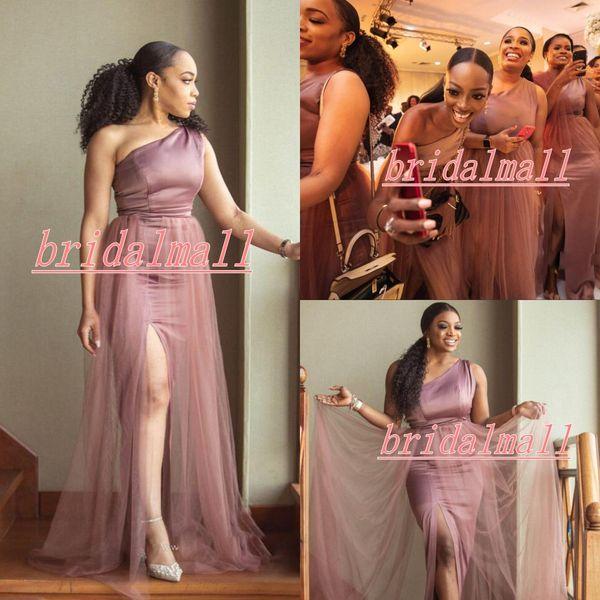 Eine Schulter 2020 Mermaid Brautjungfernkleider Side Split Plus Size Hochzeitsgast Kleider Land Strand Trauzeugin Kleid Roben de Demoiselle