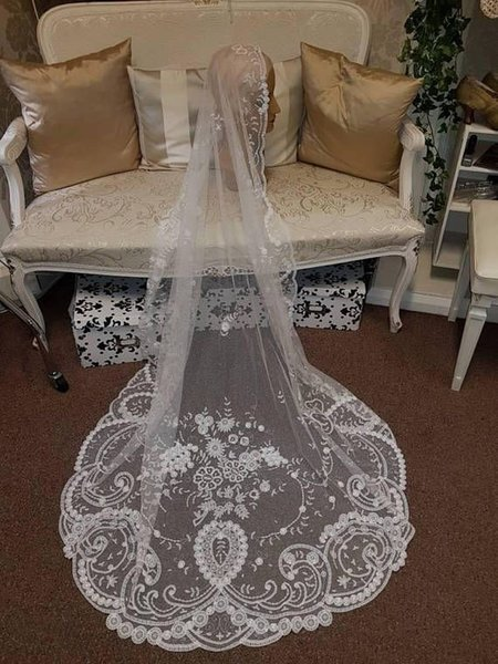 3M One layer Tulle Wedding Veils with Appliques for Bridal Cathedral Length GF006