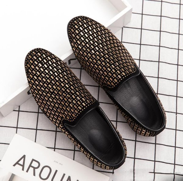 New Handmade ouro Diamond Men Loafers Discoteca Bar Fumar Estilo Europeu Slipper luxo partido Homens Vestido sapatos de bico fino