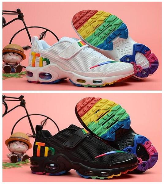 2018 Yeni Artı Siyah Beyaz Çocuk Ayakkabı Sneakers Shoe Paketi Üçlü Çocuk Boy ve Kız Hava Ultra TN Koşu Ayakkabı
