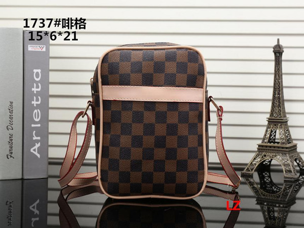 2019 Hot Brand New High Quality Chain Shoulder Fashion Bags Casual Fashion Handbag Fringed Decoration Single Shoulder Chain Bag A0141