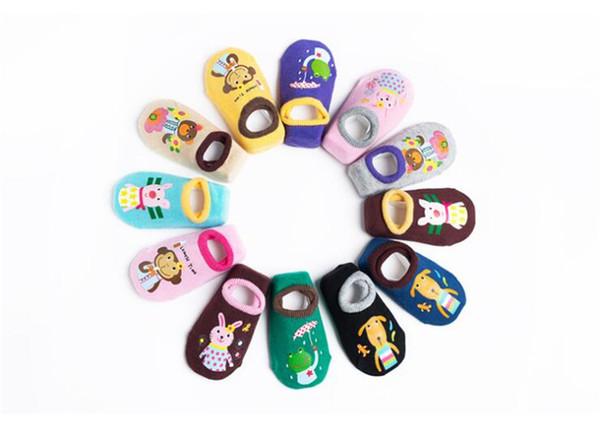 Karikatur-Baby trifft Baumwolltierkleinkind-Säuglingsniedliche beiläufige rutschfeste Socken-Knöchel-Boden-kurze Socken für Baby-Kinder 0-3T DHL FJ480 hart