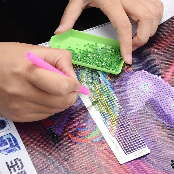 2019 New Diamond Drawing Ruler Dot Drill Tool Magic Tool Diamond Embroidery Mesh Ruler St painting net dropship