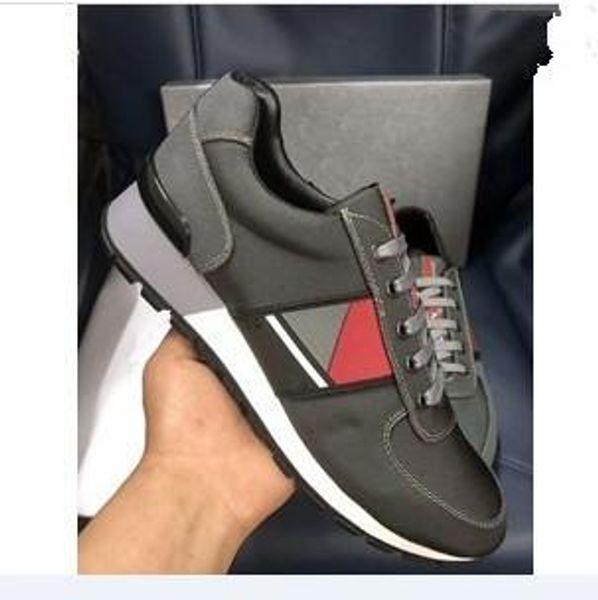 2019 Yeni Moda Erkek Kadın Tasarımcı ayakkabı Sneakers Trainer Siyah Düz Çorap Çizmeler Rahat Ayakkabılar Eğitmenler xg18091604