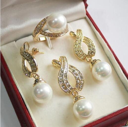 Nobleza Cristal de cuarzo 12mm Concha blanca Perla Colgante Collar Pendientes Anillo Conjunto Grad