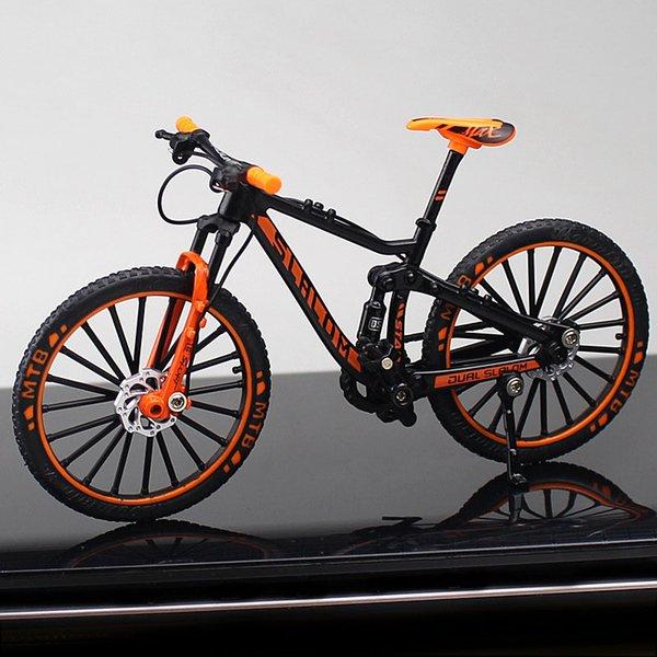 Declive de la montaña Orange Bike