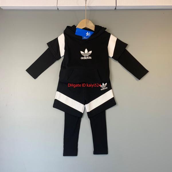 Boy setzen Kinder-Designer-Kleidung 2019 neue gefälschte zweiteilige Kontrastfarbe Shirt + Hosen 2pcs Material bequeme Junge Sportanzug