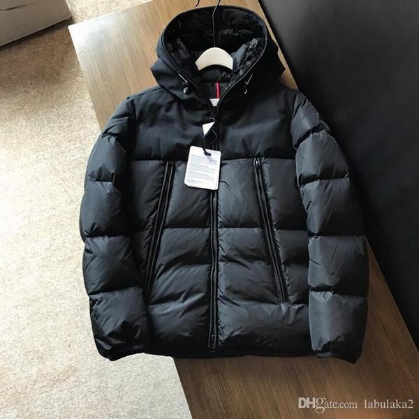 2019 nuevos hombres de invierno de la chaqueta de las señoras de pato abajo cubre el cuello 1Embroidered logotipo llamativo con toda la etiqueta y la etiqueta de la manga hombres desmontables'