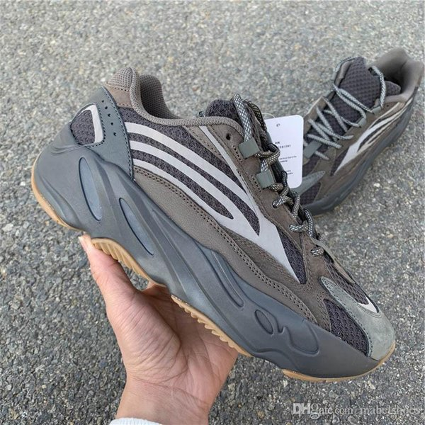 700 Новых V2 Волна Бегун Kanye West Кроссовки Модельер Светятся В Темноте Basf Athletic Sportstrainers Размер 36-47