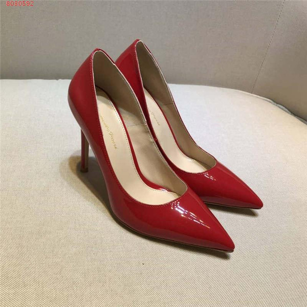 really cheap fantastic savings official images Women Casual Women And Fashionable Ladies Dress Shoes Red And Black Color  Wedding Dress Shoes Elegant Style Heels Red Shoes Mens Slippers From ...