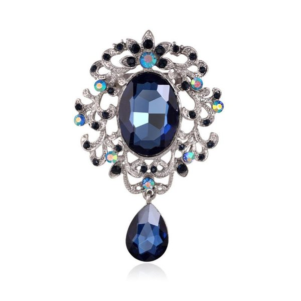 Europe and the United States retro luxury crystal brooch fashion pendant crystal chest ornaments wholesale clothing accessories