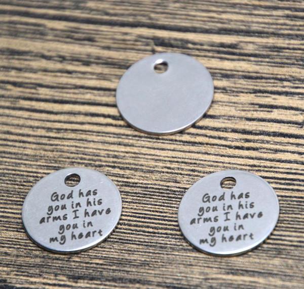 Gott 10pcs / lot hat Sie in seinen Armen Ich habe Sie in meinem Herzcharme-Silbertonmitteilungs-Charmeanhänger 20mm