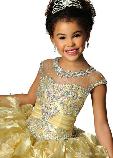 Abiti da ragazza famosi più bassi Scollatura a girocollo in organza con perline di cristallo Backless Ruched Girls Pageant Dresses Abiti da cerimonia per bambini 2019