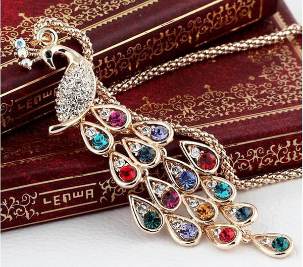 Full Rhinestone Peacock Pendant Necklace Vintage Crystal Peacock Jewelry Women Gold Plated Long Chain Necklaces Party Gift