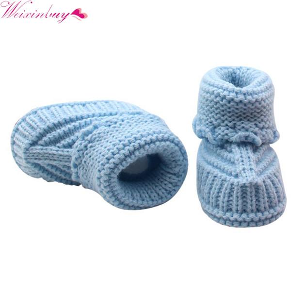 Newborn Culla pattini infantili a mano delle ragazze dei ragazzi Crochet Knit inverno caldo Booties TQ