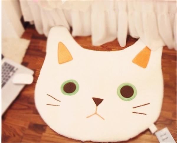 흰 고양이-약 68x68cm