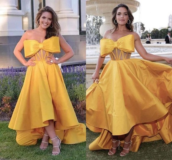 High Low Gold Big Bow Prom Dresses 2019 Strapless Illusion Bodice Hi-Lo Celebrity Gowns Special Occasion Dress Formal Evening Party Gowns