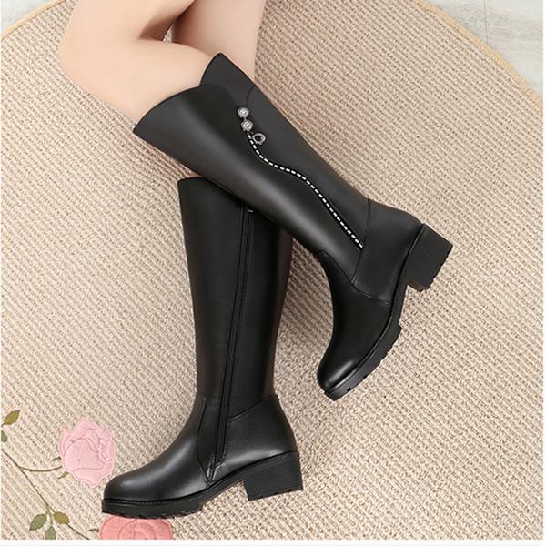 Bottes chaudes de vente-femmes 2019 hiver en cuir dames botte longue laine de laine femme chaude noir bottes d'hiver talons à hauteur du genou botte