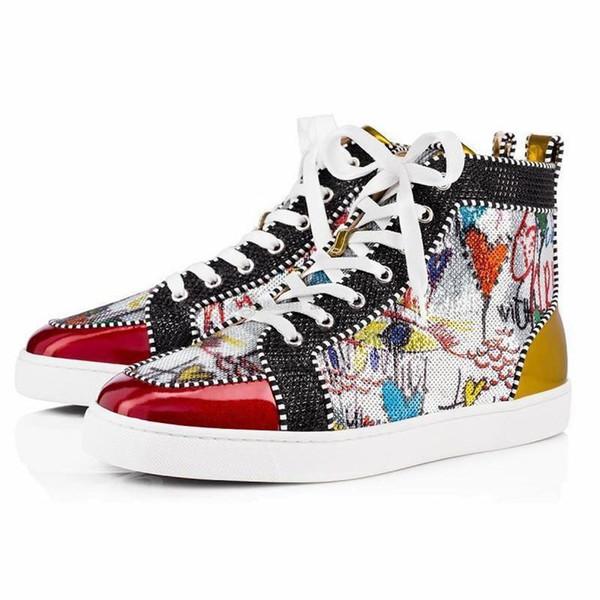 Дизайнер моды Luxury Red Bottoms Обувь шипованная Шипы Flats заклепку кроссовки для мужчин Женщины партии любителей вскользь тапки A98