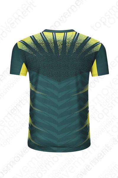 Lastest Мужчины трикотажные изделия футбола горячего сбывания Открытый одежда футбол одежда высокого качества, 2020 00663