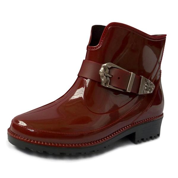 Nouveau Mode Bottes De Pluie Femmes Boucle Plate-Forme Bottines Bottes Rouge Casual Chaussures Femme Slip On Low Talons Chaussures Dames XWX4056