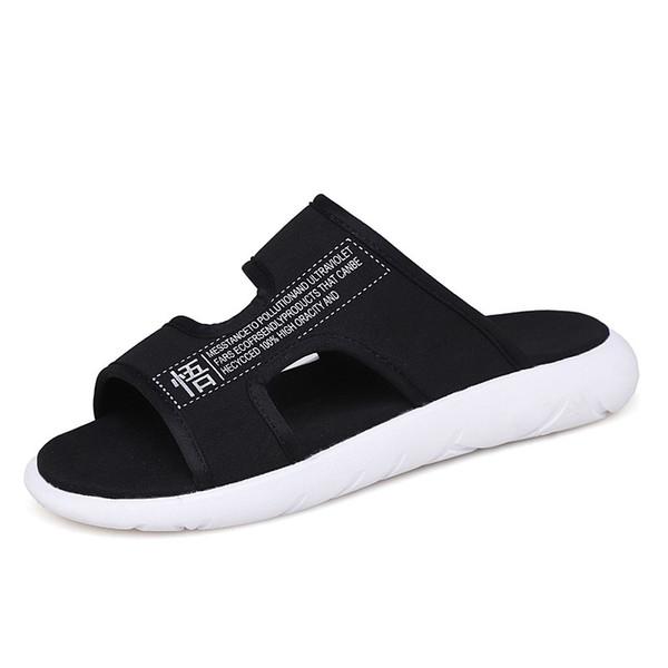 Mode für Männer Hausschuhe 2019 Sommer Bequeme Beiläufige Atmungsaktive Strandhausschuhe Schwarze Männer Rutschen Flache Sandalen Schuhe Hausschuhe