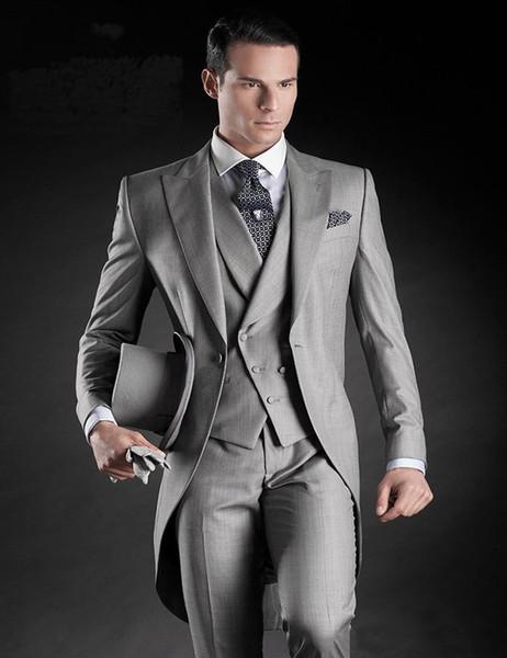 De haute qualité un bouton gris argent smux smokings pointe revers hommes d'honneur hommes costumes de mariage mariée (veste + pantalon + gilet + cravate) NO: 112