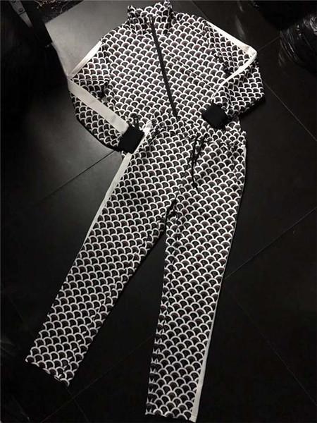 Mens Designer Tracksuit Spring Autumn Brand Jackt Hoodie Sets Print Spot Tracksuit For Men Fashion Style Zipper Coat Suit