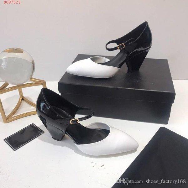 Neueste New Multicolor Spleißen Lackleder Sandalen Frauen Mittlerer Absatz und dicker Absatz Ledersandalen Größe 35-40
