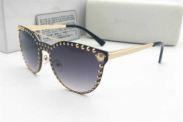 2019 lüks moda UV400 Orijinal kutusu Koruma İtalya Tasarımcı Altın Zincir Tyga Medusa Güneş Erkekler / Kadınlar Güneş gözlükleri Ücretsiz kargo