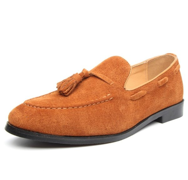 2019 Mode Männer High Top britischen Stil Niet Kausalen Schuhe Männer Rot Gold Schwarz Bottom Schuhe Kleid Schuhe