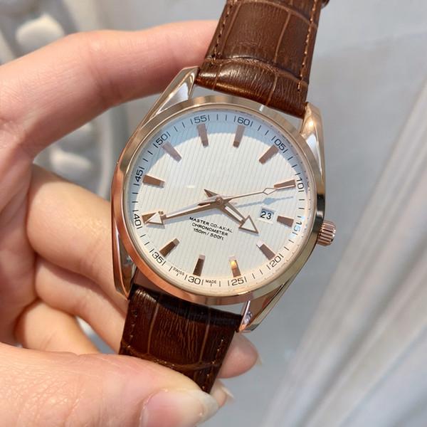 2019 Whosale Preis New Fashion Mann Uhr schwarz Leder Einzelhandel Uhren hochwertige Uhr männlich Luxus Armbanduhren Top Design Uhr schöne Tabelle