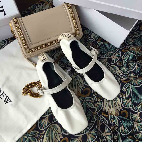 LOE....WE2019 early spring, patent leather Mary Jane shoes, flat bag shoes design, individual square head, fashion wild, counter quality
