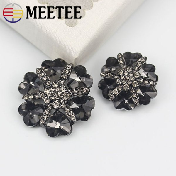 Meetee 2pcs 30mm/38mm Crystal Rhinestone Button DIY Handmade Sewing Fur Coat Buttons Cashmere Clothing Decorative Buckle BD535