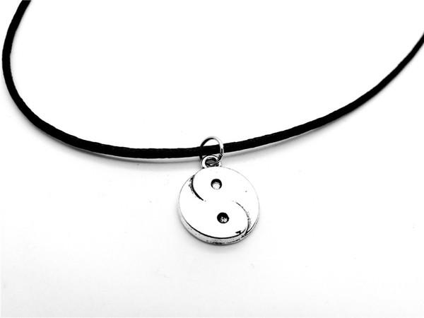 30 Cute Chinese style Taiji Bagua pendant Necklace Skyrim Fantastic Ying Yang Tai Chi Gossip Leather Rope Geometric circle amulet Necklaces