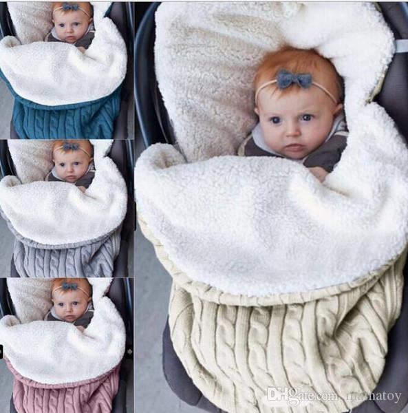 Yenidoğan Toddler Battaniye El Yapımı Bebek Bebekler Uyku Tulumu Örgü Kostüm Tığ Bebek Knittedre Bilgilendirilmiş ve Sıcak Uyku Tulumu Uyku Çuval ...
