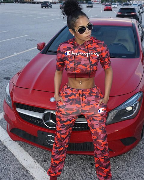 Big C Embroidery Hoodies Womens 2PCS Sets Short Sleeve Camouflage Red Fashion Womens Two Piece Pants