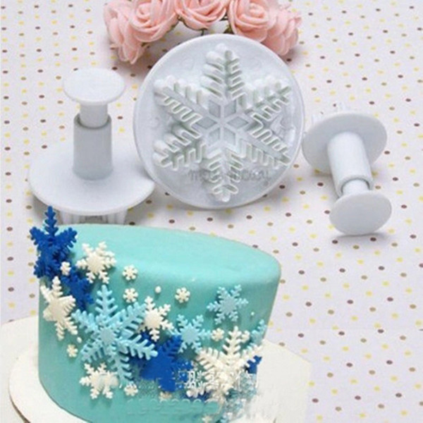 Snowflake Series 3 pc Cookie Tools Plunger Fondant Cutter Cookie Biscuit Baking Tools Cake Tools DIY 3D Sugarcraft Set