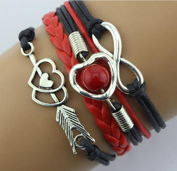 New Armbänder modische Retro Amor Pfeil der Liebesperle Multicolor mehrere Lederband Armband Großhandel